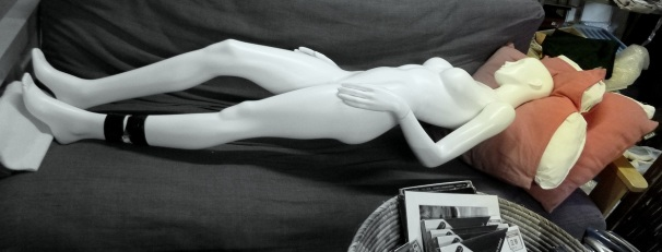 Mannequin bw col sm